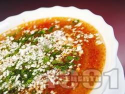 Постна градинарска зеленчукова супа (чорба) с прясно зеле, картофи, зелен боб, грах, царевица, чушки и сирене - снимка на рецептата